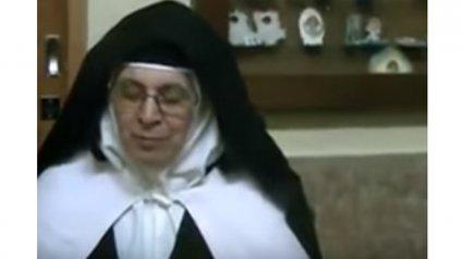 Madre superiora María Isabel.