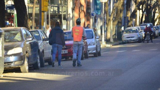Plan. Se busca regular y mejorar el estacionamiento medido.