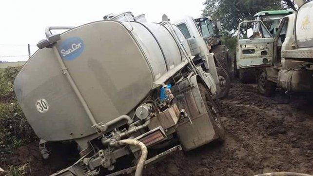 Intransitables. Con las primera lluvias, la producción y el trabajo se pierden.