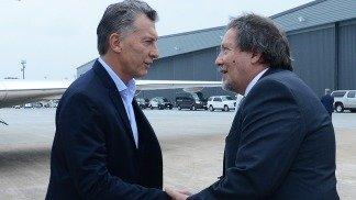 Macri a su arribó fue recibido por el cónsul argentino en Houston, Gabriel Volpi. Foto Télam.