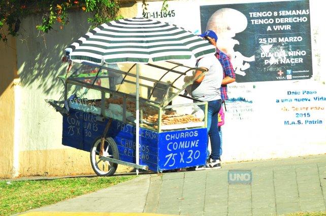Vendedor de churros. Foto <b>UNO</b>&amp;nbsp;Juan Manuel Hernández.&amp;nbsp;