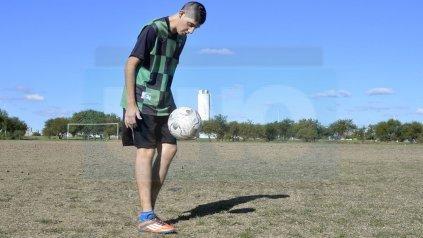 Amílcar Pipo Carletti mostró sus cualidades con la pelota. Foto UNO/ Mateo Oviedo