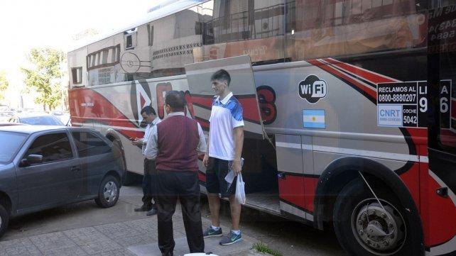El plantel viajó a Buenos Aires en un colectivo interurbano.