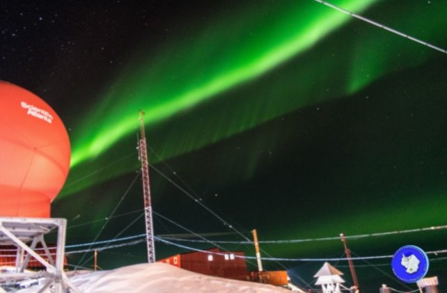 Mirá las impactantes fotos de la aurora austral en la Antártida