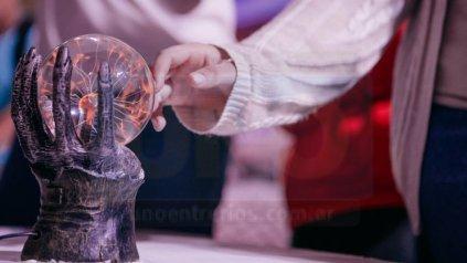 <b>Fenómenos físicos</b>. La enseñanza de la ciencia a través de los experimentos.&amp;nbsp;