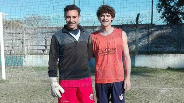 David Correa, arquero titular de Atlético Paraná en la LPF junto a Pupi Fernández, suplente de Primera División. Foto <b>UNO</b>