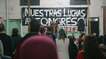 De izquierda. Meiners en el acto del viernes en Paraná.