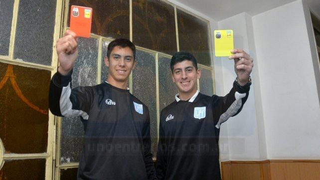 Mainero y Pitassi sueña a lo grande. Sus meta es poder llegar a ser árbitros nacionales. Foto <b>UNO </b>Mateo Oviedo