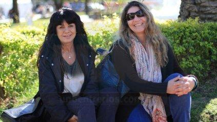 Claudia y Marisa.