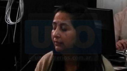Priscila Álvarez, 36 años, agente penitenciaria: distribuidora.