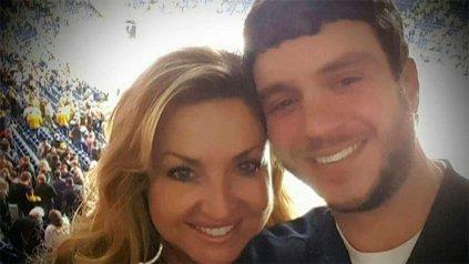 Sonny Melton, de 29 años (a la derecha en la imagen), murió salvándole la vida a su esposa Heather <br>