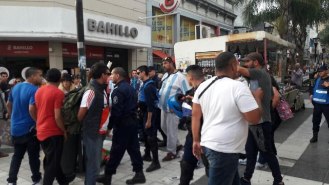 Los policías cumplieron con la Ordenanza Municipal.