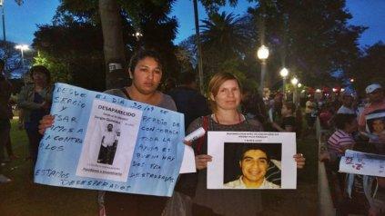 Yanina Duarte y Fiamma Chapay, piden que se intensifique la búsqueda.